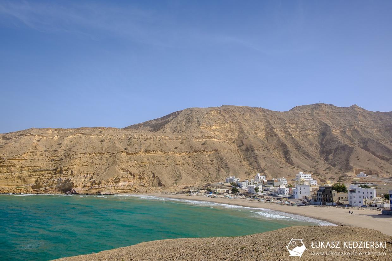 podróż do omanu qantab plaża