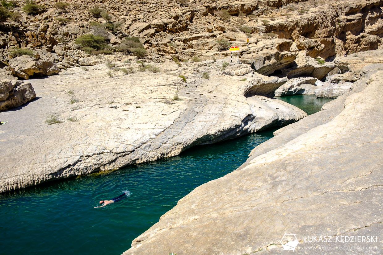 podróż do omanu wadi bani khalid