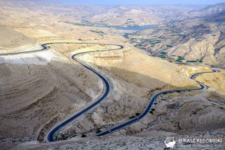 jordan king's highway jazda samochodem w jordanii