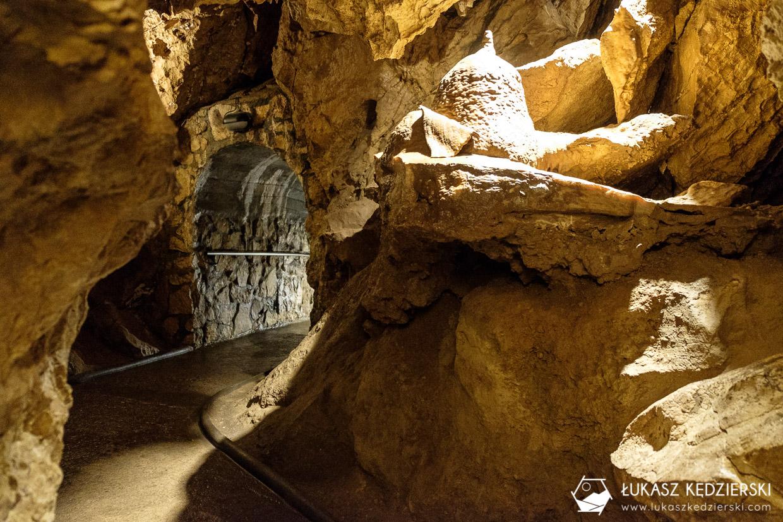 Dolomitové Bozkovské jeskyně, jaskinia czeski raj atrakcje czeskiego raju Bozkowskie jaskinie dolomitowe