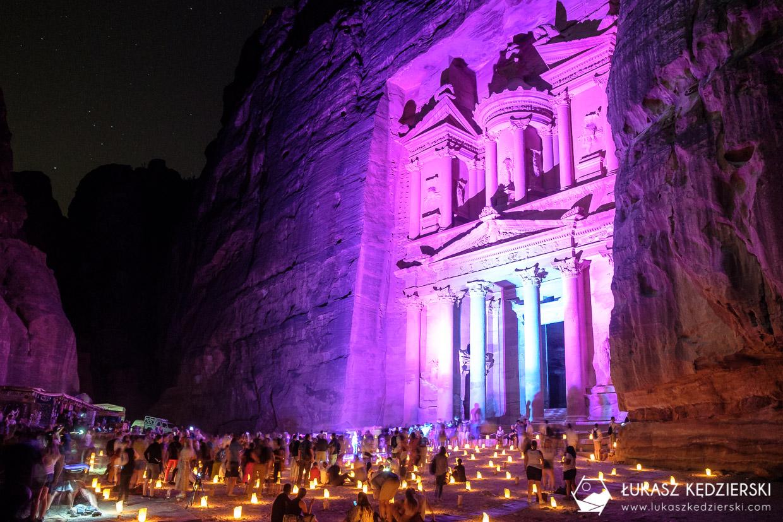 petra informacje praktyczne ceny bilety szlaki treasury view skarbiec faraona petra by night