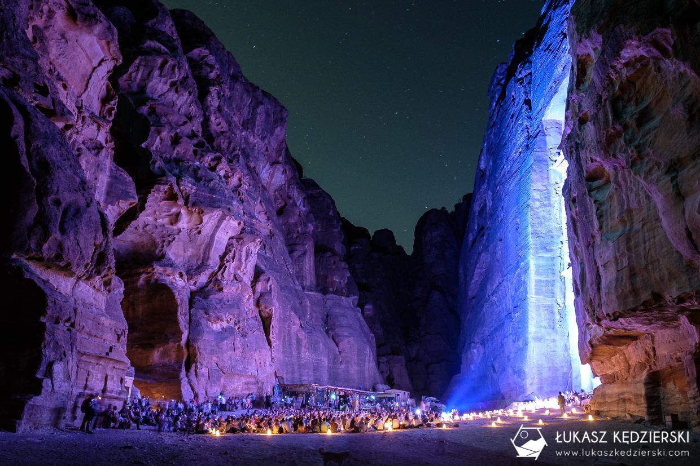 jordania petra by night petra nocą nocne zdjęcia petra skarbiec faraona al-chazna