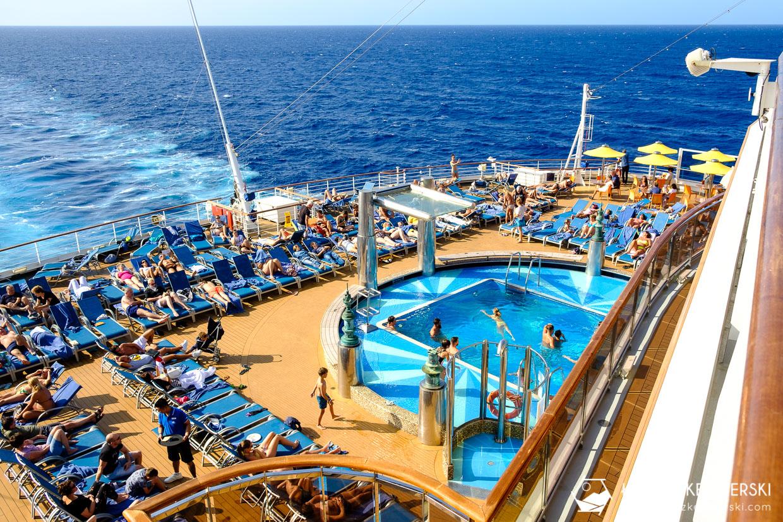 rejs statkiem wycieczkowym costa diadema trasa costa cuise basen