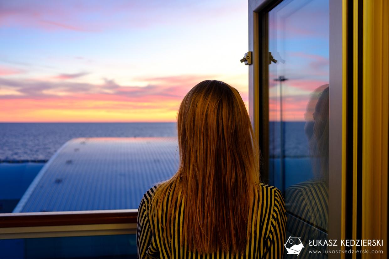 rejs statkiem costa diadema sunset zachód słońca