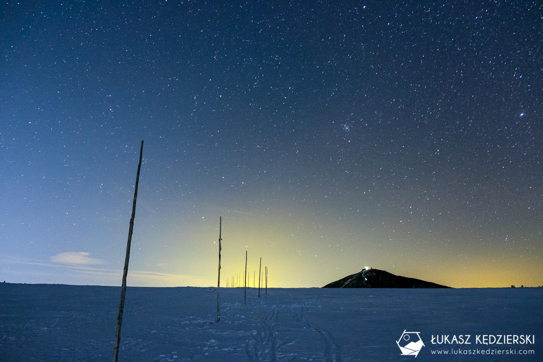 karkonosze nocą zdjęcia nocne zdjęcia karkonoszy nocne zdjęcia śnieżka