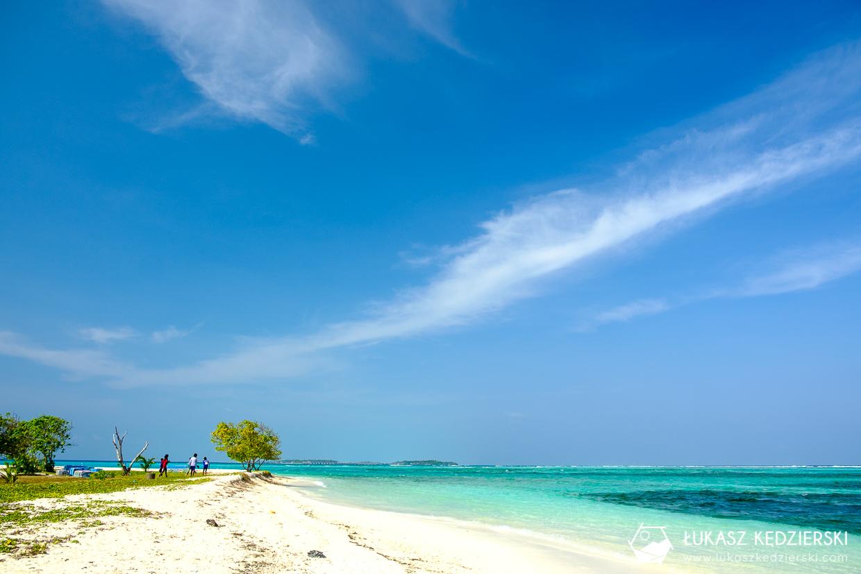 malediwy maafushi lokalna wyspa publiczna plaża public beach
